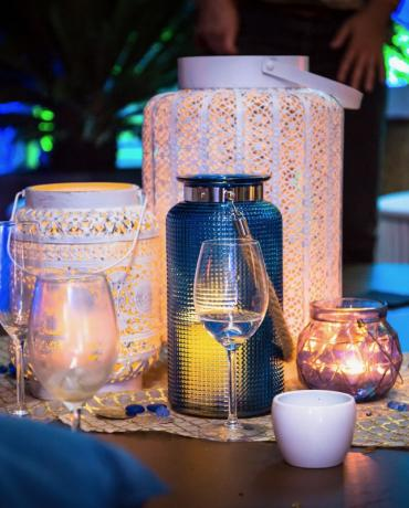 Mariages et soirées, une décoration bleu roi et bleu nuit