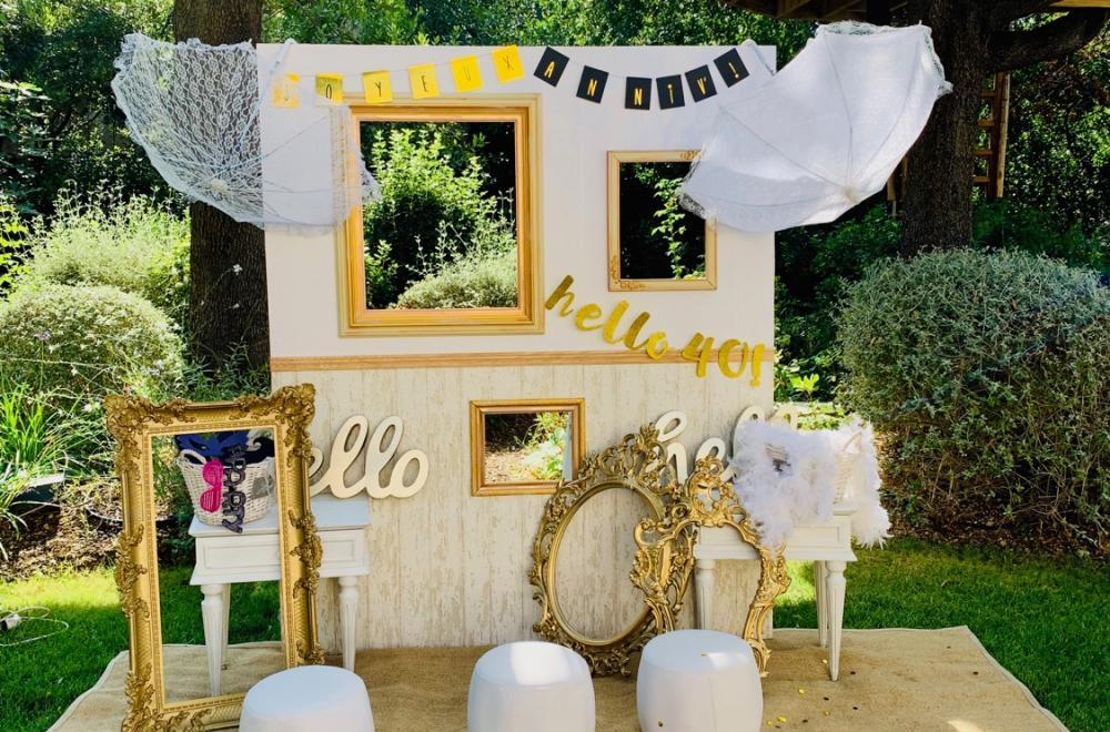 Un anniversaire en journée, thème blanc et touches d'or