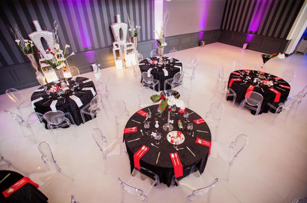 La couleur des nappes, une différence dans la décoration de table