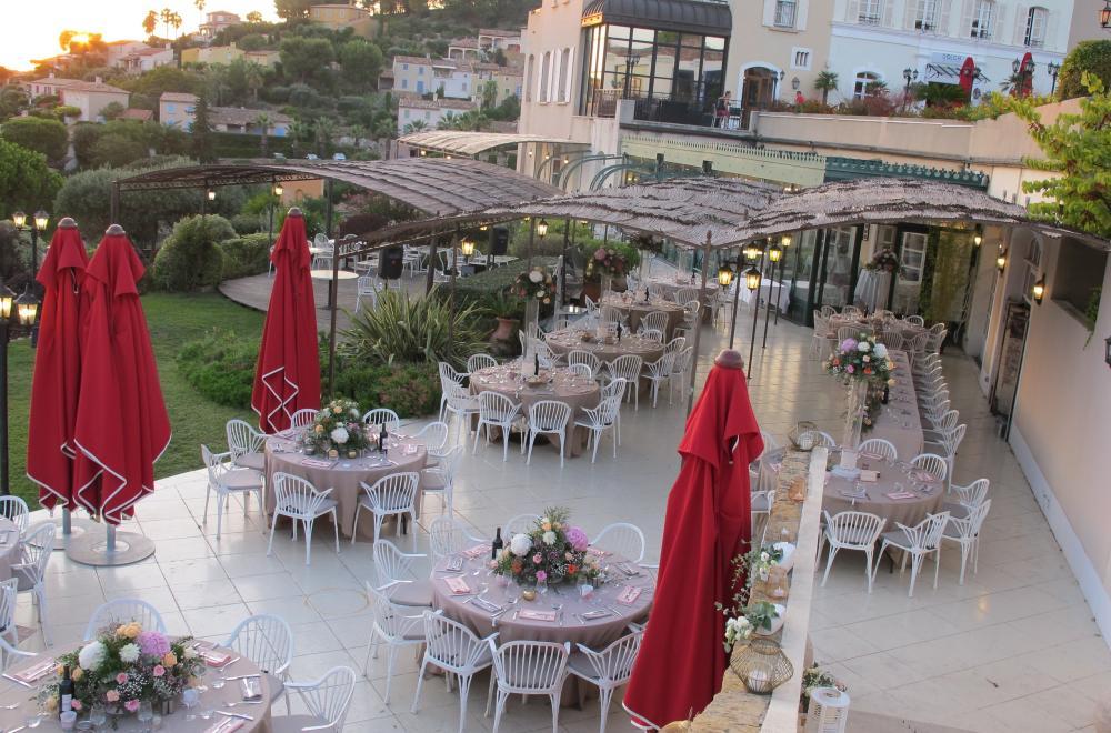 Décoration de tables pour un mariage bohème ou champêtre