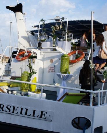 Se marier sur un bateau Marseille Croisières Calanques