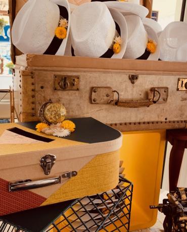 La décoration du mariage, thème  Jaune moutarde