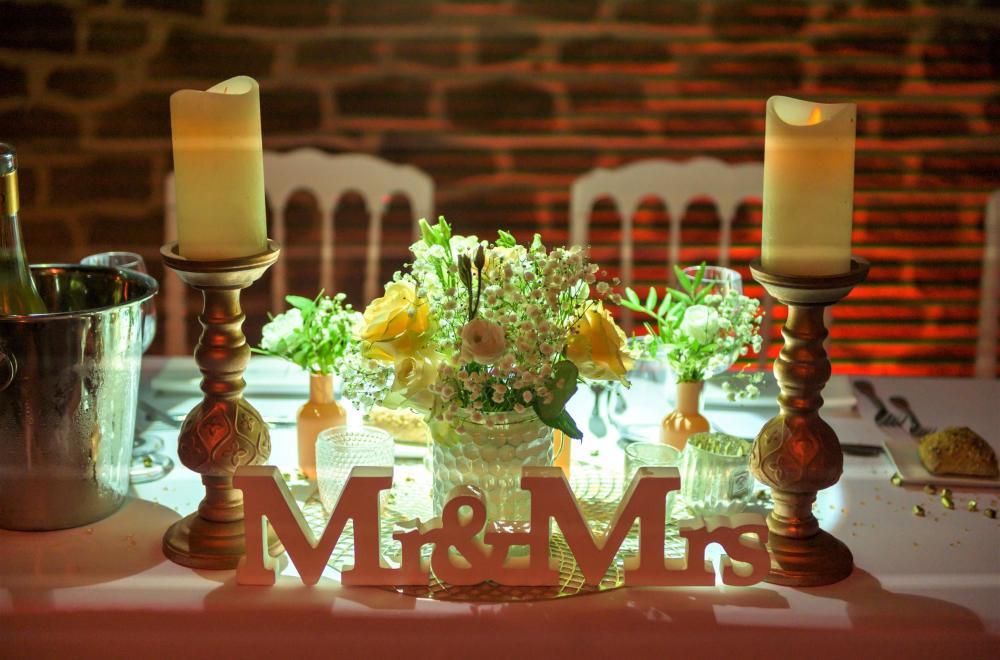 décoration d'un mariage romantique au Chateau de Roquefeuille