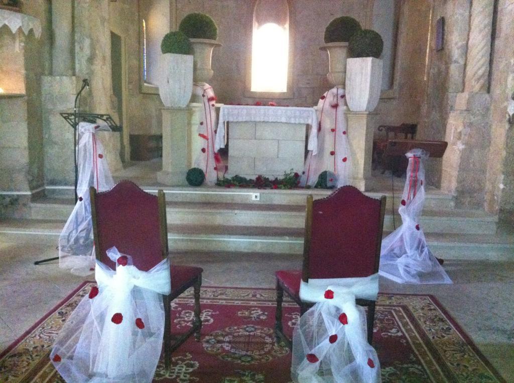 D co de l 39 glise ou synagogue mariages aubagne g menos for Decoration eglise