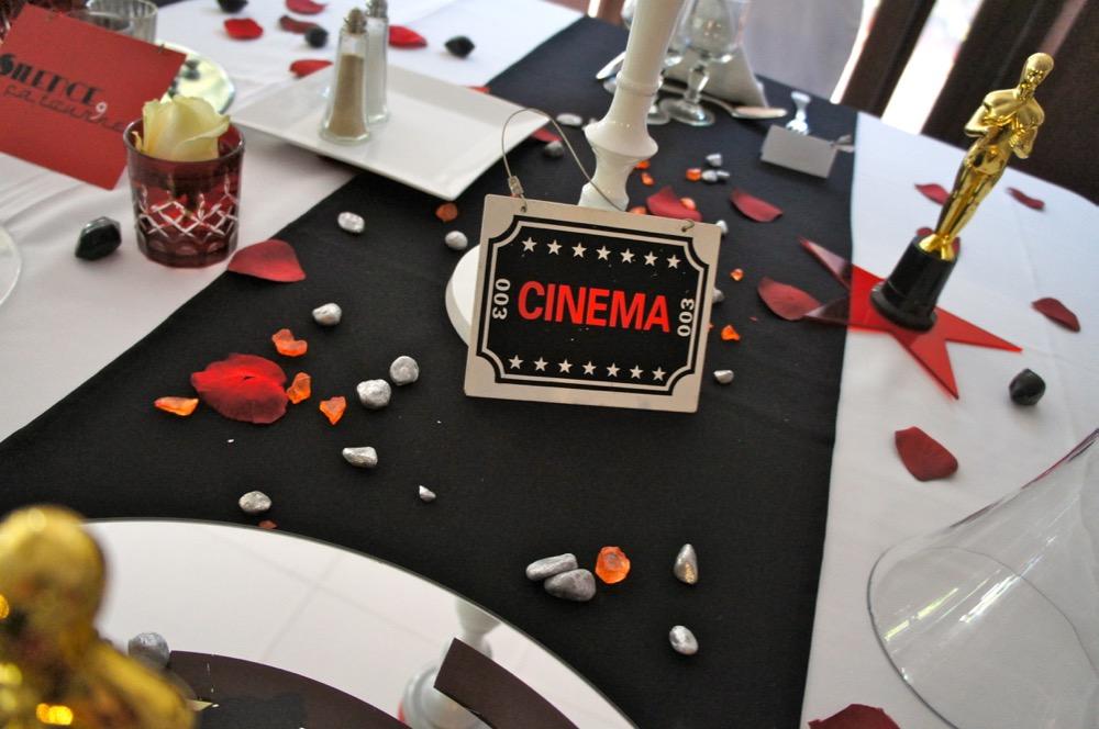 Th mes d coration de mariages et soir es th me cinema for Table theme cinema