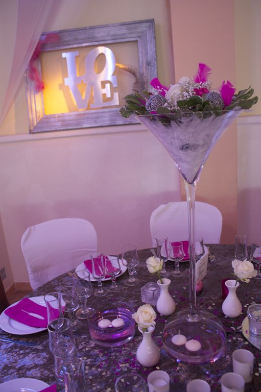 mariage blanc et fuchsia chantegrillet soir e ou mariage romantique. Black Bedroom Furniture Sets. Home Design Ideas
