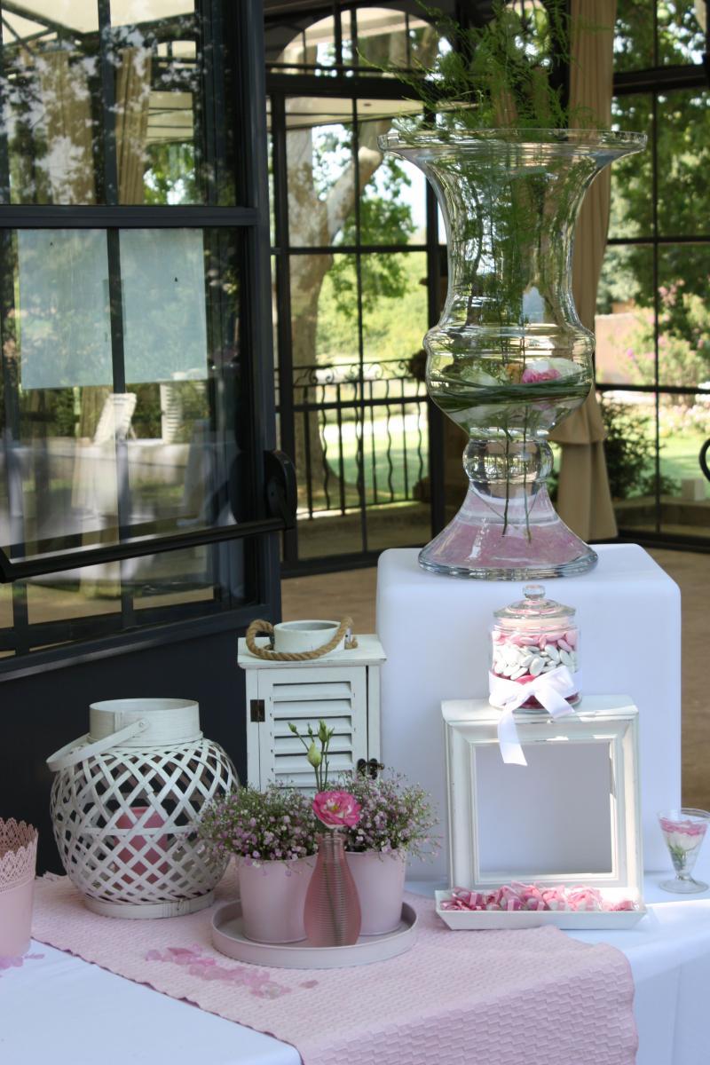 mariage champ tre rose pale et blanc soir e ou mariage champ tre. Black Bedroom Furniture Sets. Home Design Ideas