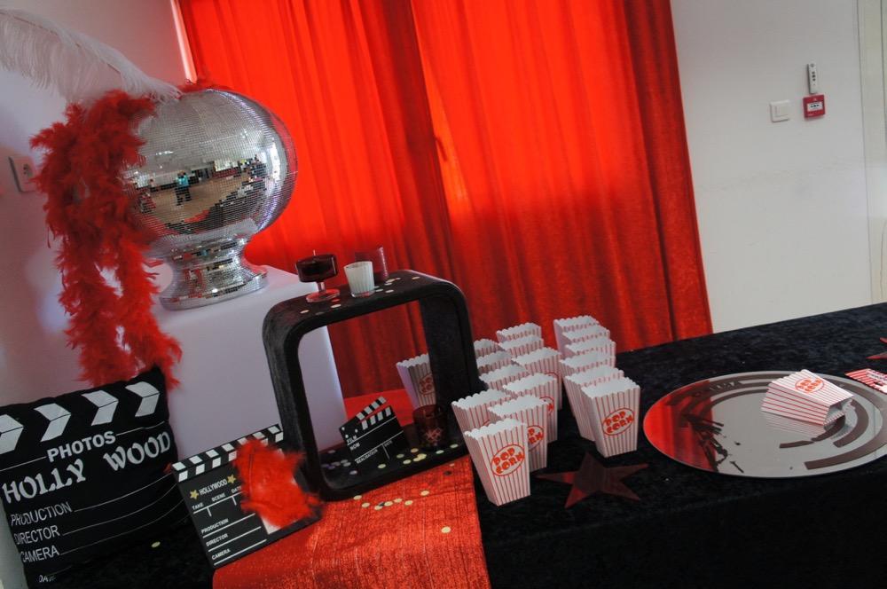 Decoration de table de mariage theme cinema meilleure for Table theme cinema