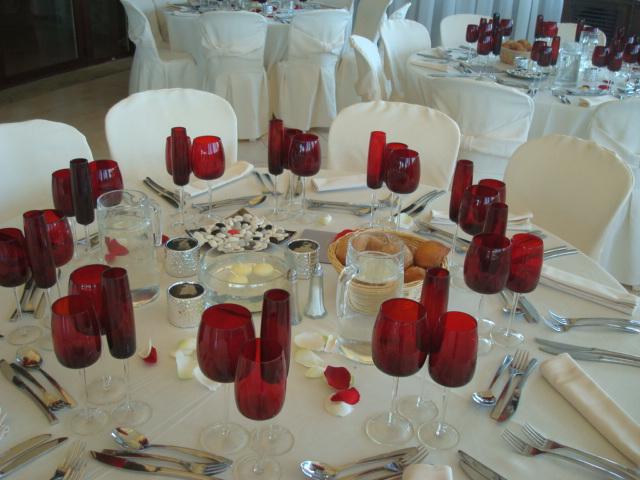 mariage rouge et blanc orientalisant la bastide d 39 astres mariages th mes. Black Bedroom Furniture Sets. Home Design Ideas
